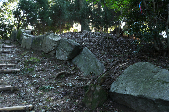 神籠石2l.jpg